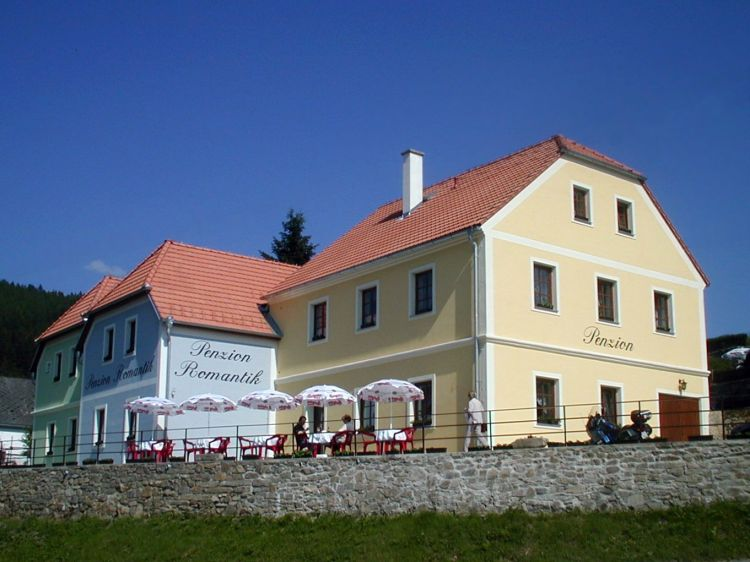 Accommodation Bed Breakfast Romantik Rožmberk nad Vltavou: pension in Rozmberk nad Vltavou - Pensionhotel - Guesthouses